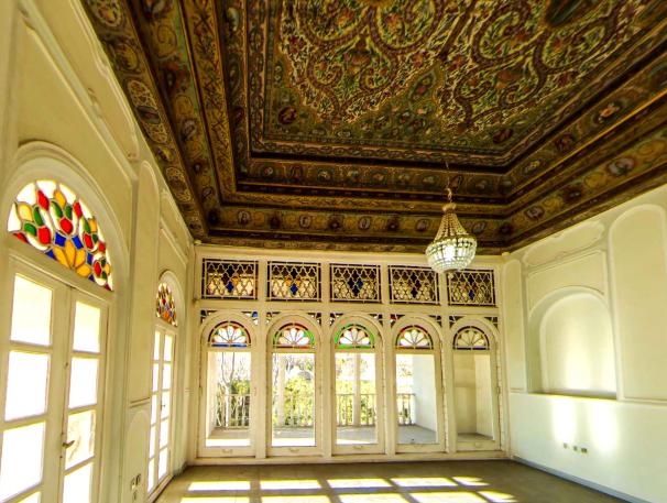 Kollah Farangi Eram Shiraz
