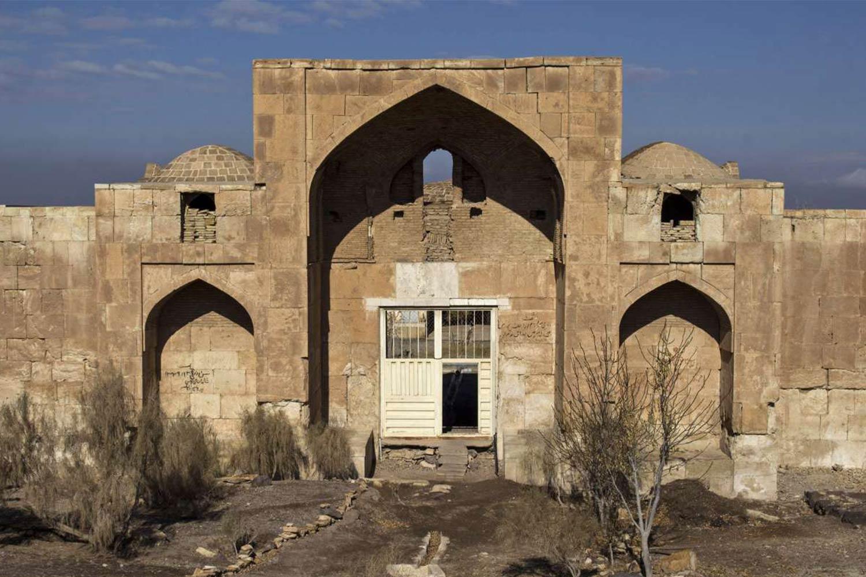 1. Qasr-e Bahram Caravanserai